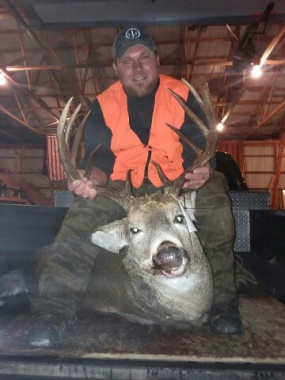 Awesome 10pt Buck!